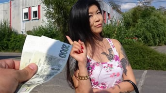 Akasha Coliun in 'Hot Asian chick loves girthy cock'